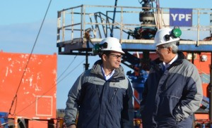 El CEO de YPF junto a su par de Chevron para Amérlica Latina y África, Ali Moshiri,